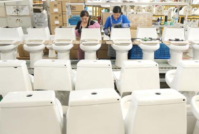 Sanitary industry boosts high-quality economic development in Tangshan